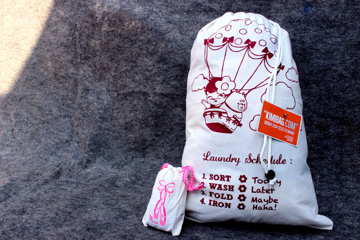 Canvas Laundry Pouch