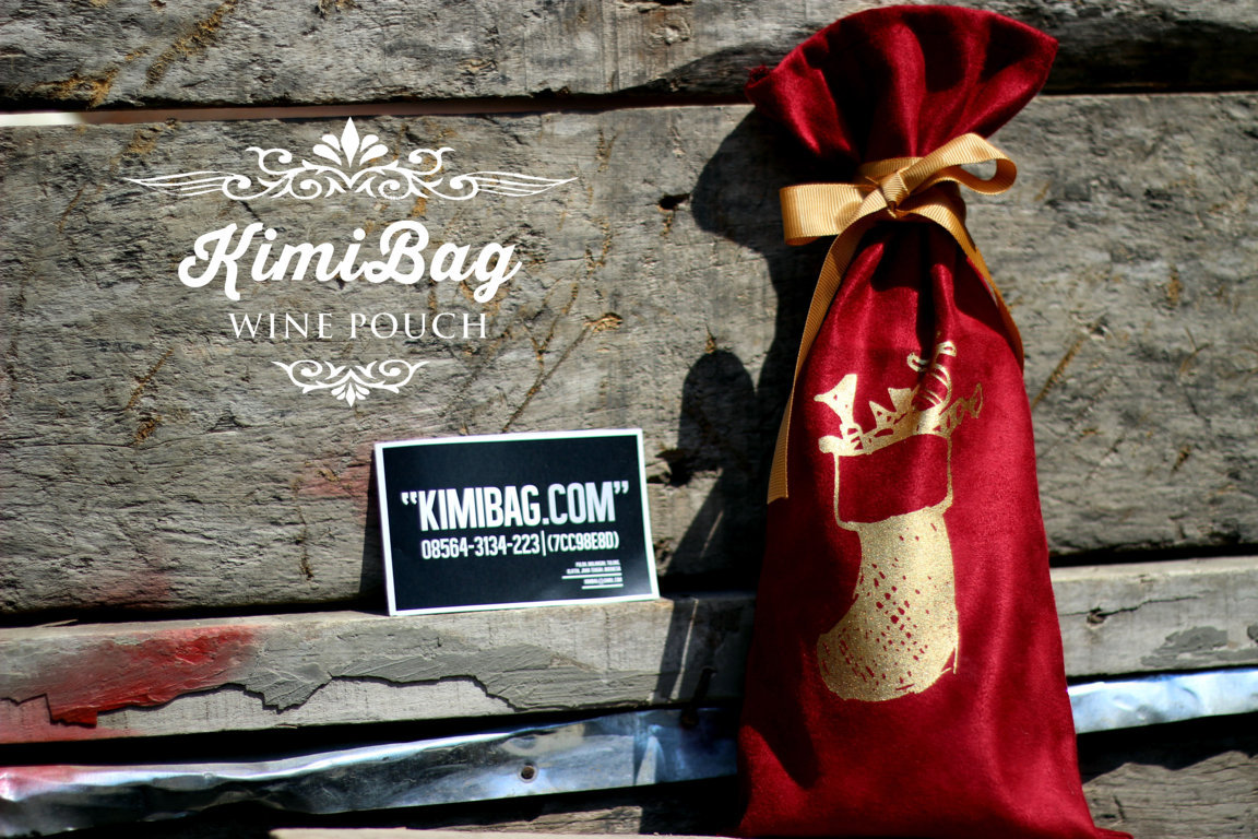 Red Suede Wine Pouch