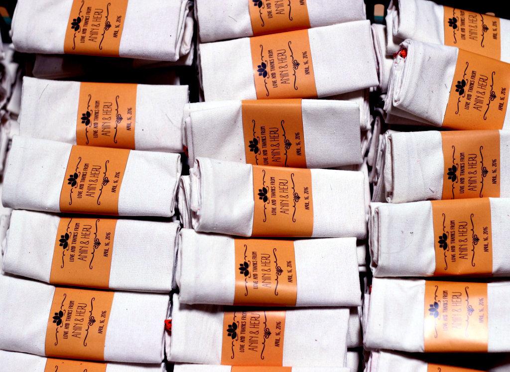 KIMIBAG ivory pack on custom pouch wedding favor
