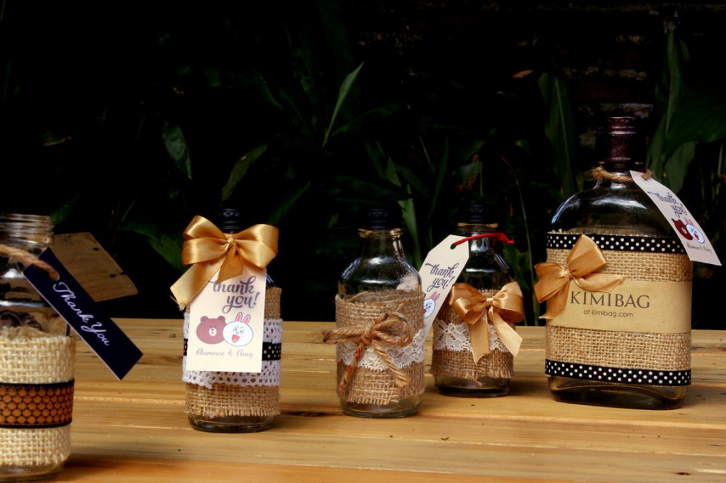KIMIBAG Burlap Bottle Art Wedding Packaging Inspirations