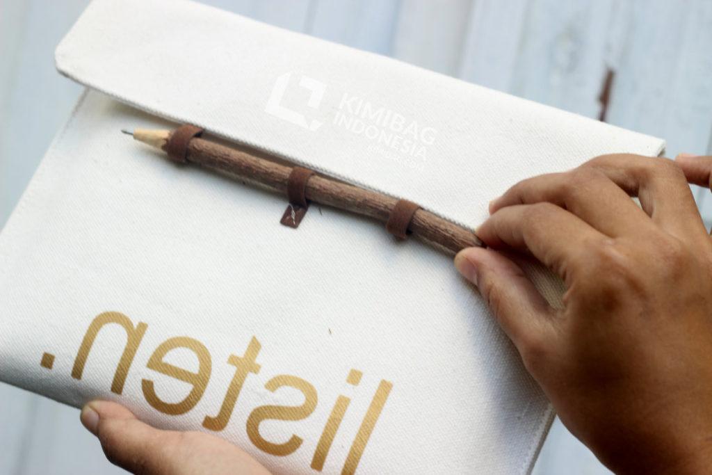 Unique Rustic Pencil Closure