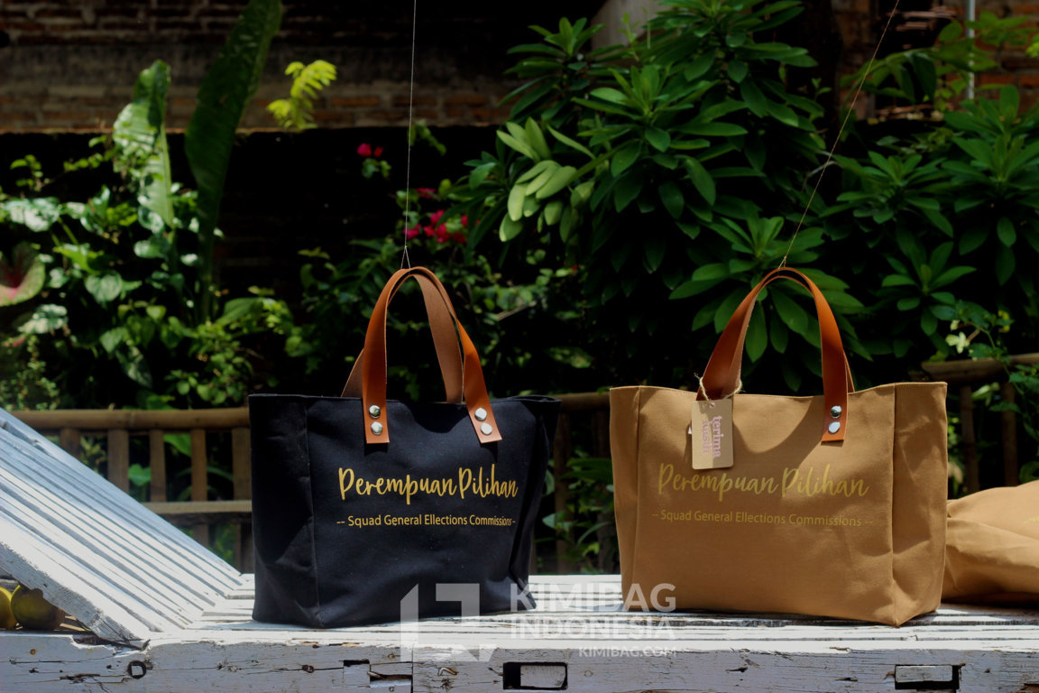 Spacious Bag Brand Community